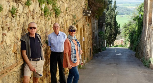 In the 'tourist' mood in Pienza with the Val d'Orcia in the background