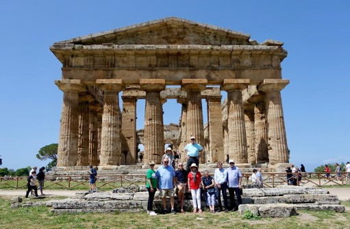 The group of nine in front of the Temple of Hera in Paestum