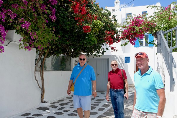 Frank, Edmundo and David strolling through the colourful back streets of Mykonos