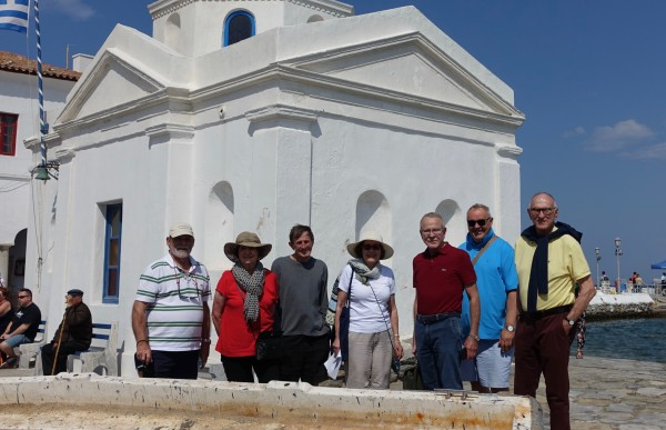 After coming ashore in the tender, we all go strolling to discover our own Mykonos