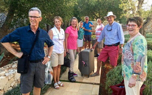 Week 1 - arrival of siblings and cousins at villa Trullo Pinnacolo