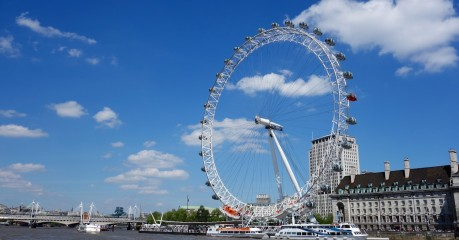 The London Eye - as we head down the river